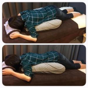 妊婦さん用うつ伏せ枕の様子